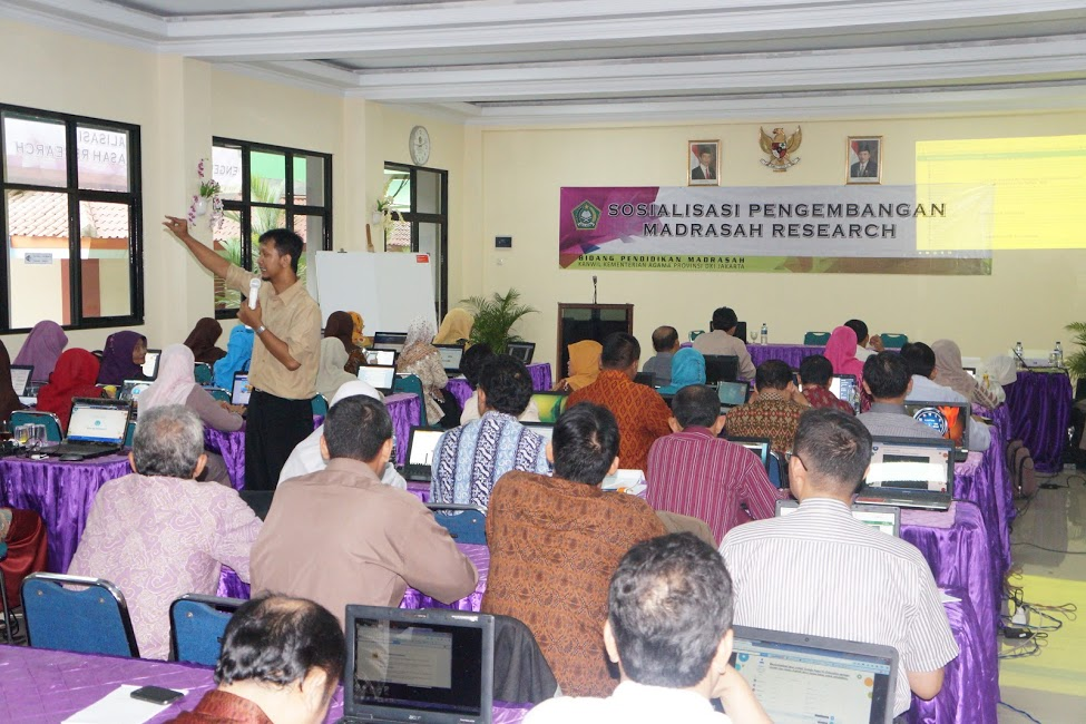 Sosialisasi Google Apps for Education (GAfE) di Workshop Sosialisasi Pengembangan Madrasah Research